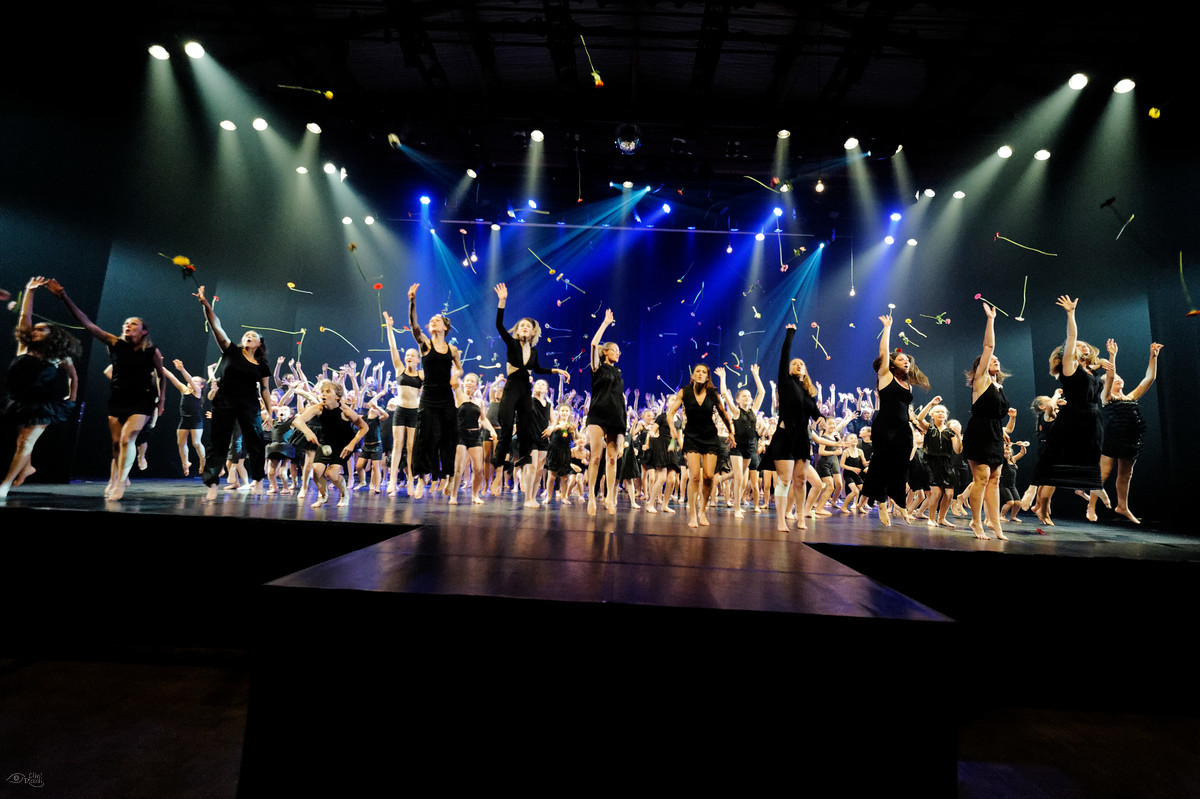 """L'amour"" Spectacle de Centre Danse 2019"
