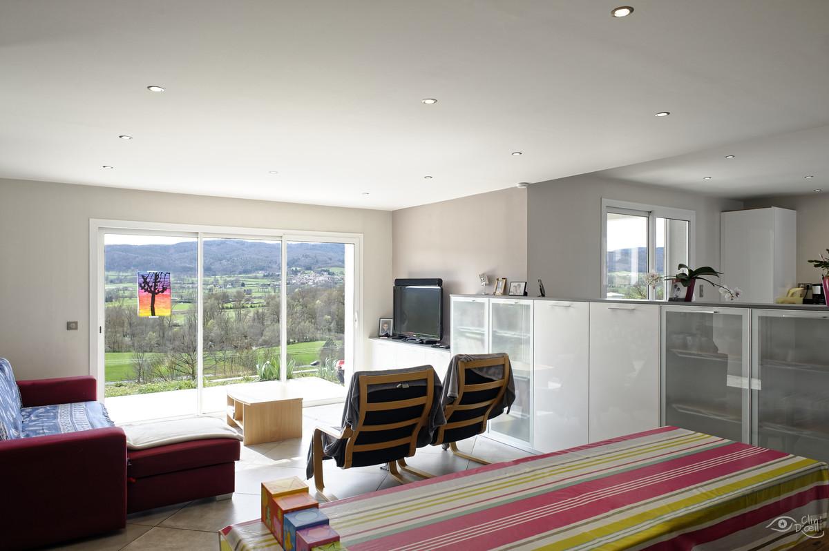 Architecte Le Puy En Velay face à la vallée - reportage architecture - clin d'oeil