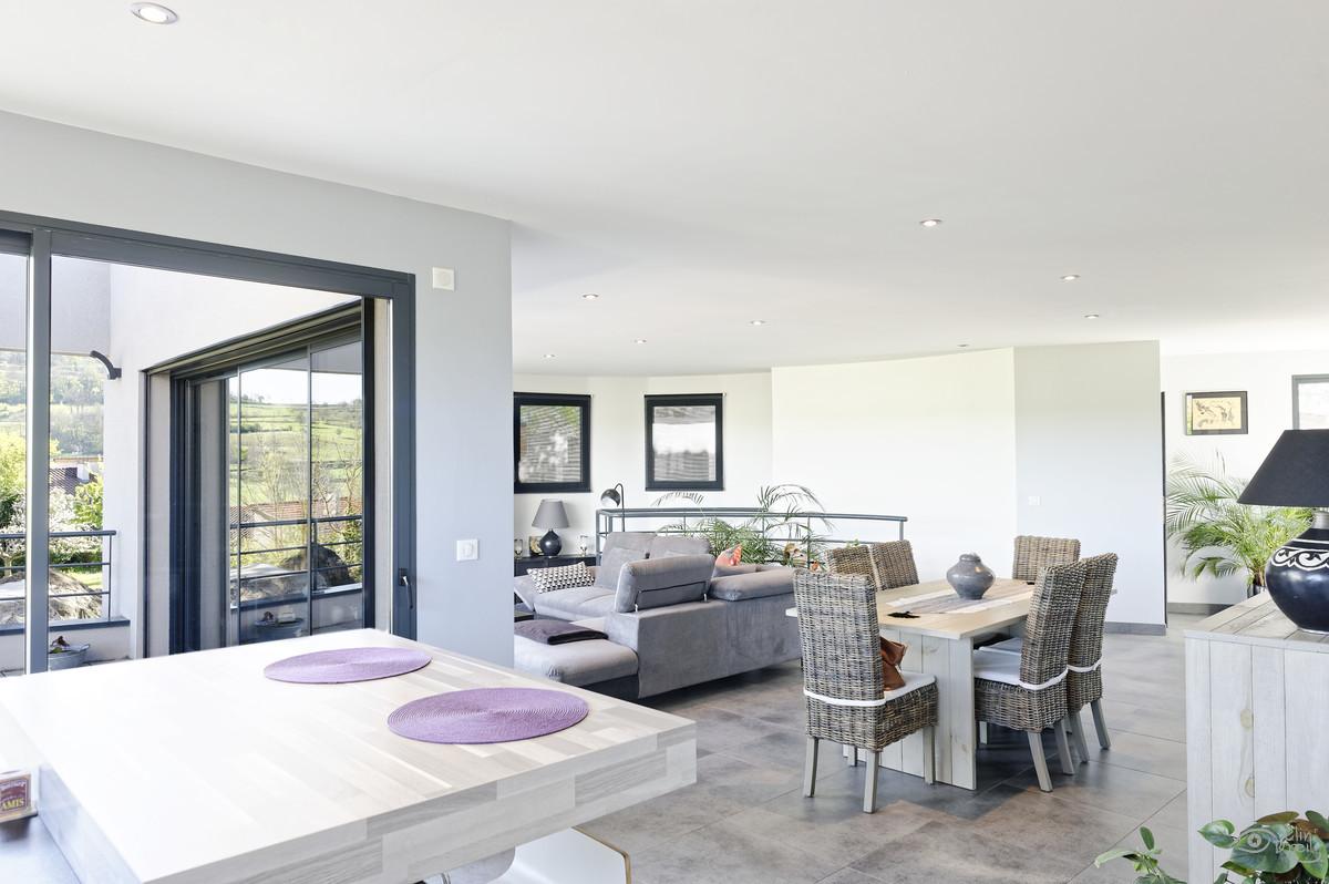 Architecte Le Puy En Velay grand espace - reportage architecture - clin d'oeil ponot